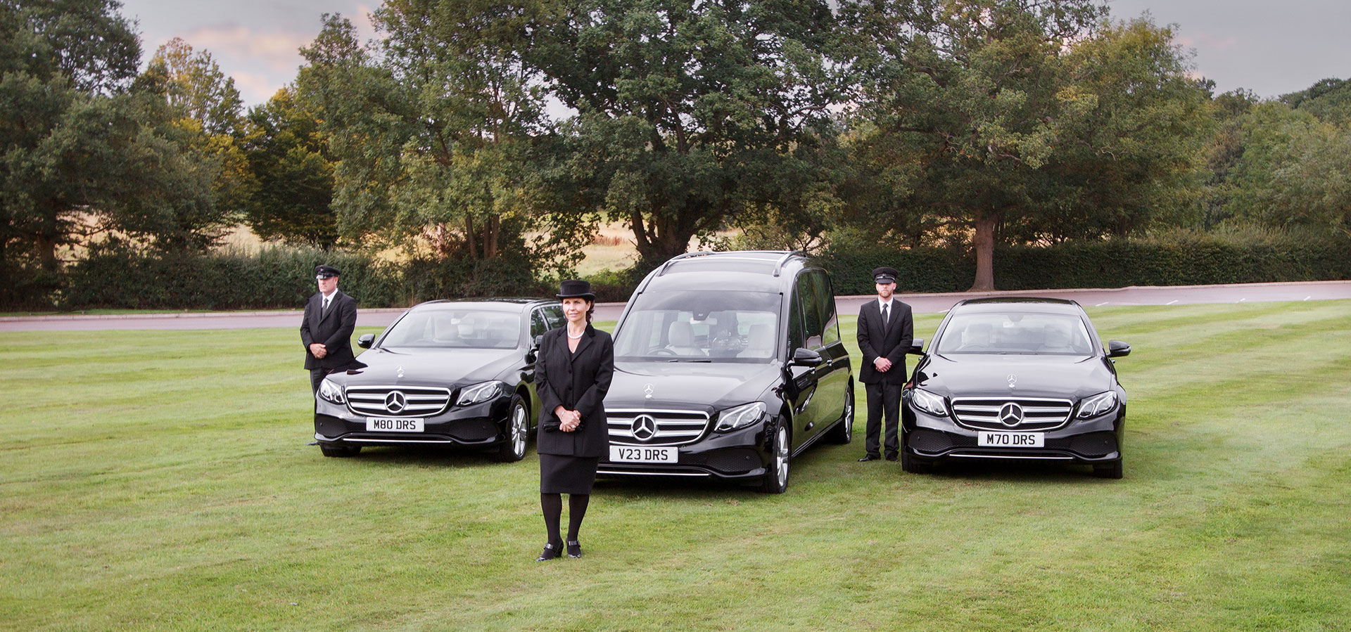 d-robinson-banner-image-three-funeral-vehicles
