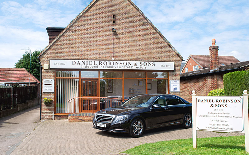 d-robinson-inset-image-funeral-sawbridgeworth